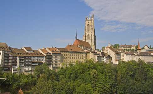 start-anrissbild-ueberuns-freiburg-487-300
