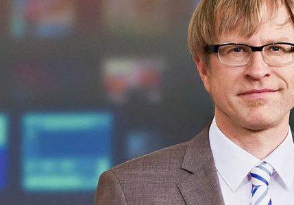 André Marty, Träger des Katholischen Medienpreises, wechselt vom Fernsehen SRF zum Bunnd.