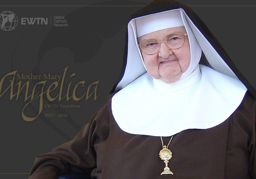 Das ist eine Klosterfrau mit Habit und Haube.
