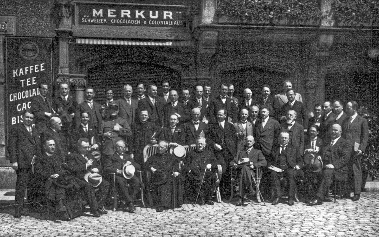 Die Teilnehmer Am V Schweizerischen Kattholischen Pressetag In Zug 1930